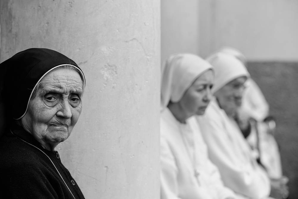 A piece of fine art art photography titled Sisters by Roberto Marini