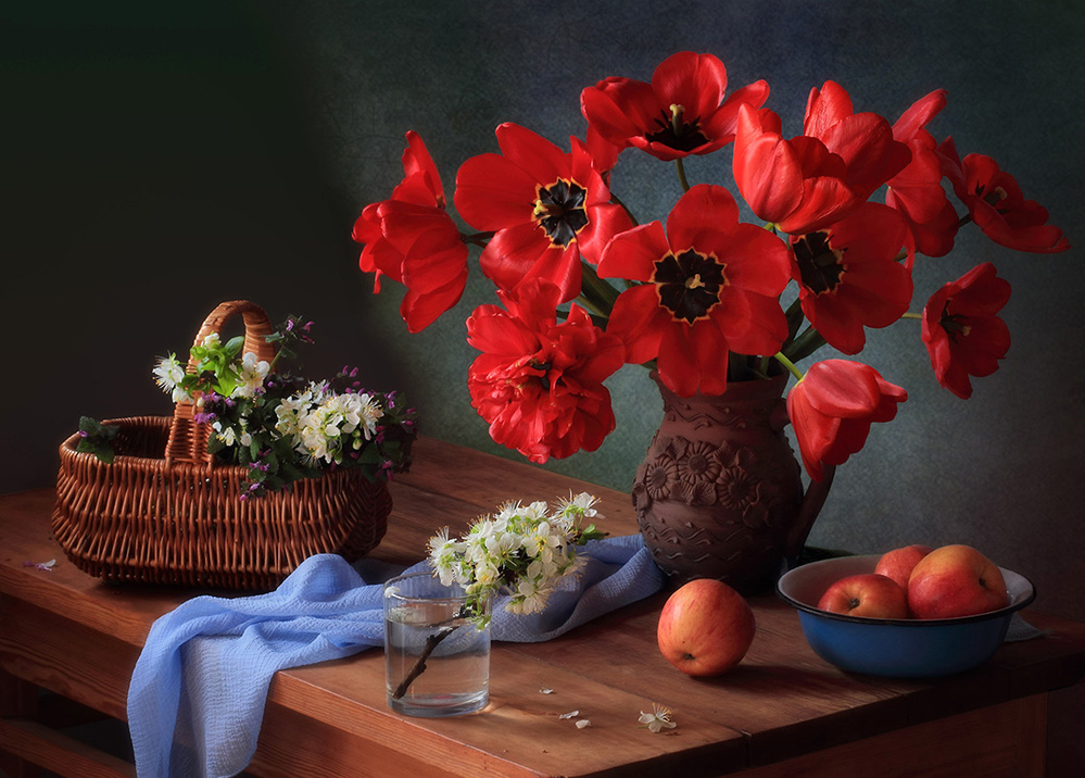A piece of fine art art photography titled With a Bouquet of Red Tulips by Tatyana Skorokhod (Татьяна Скороход)