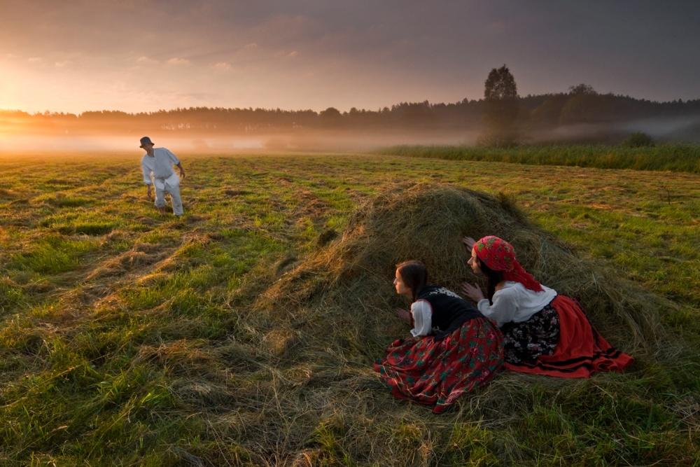 A piece of fine art art photography titled Peekaboo by Leszek Paradowski