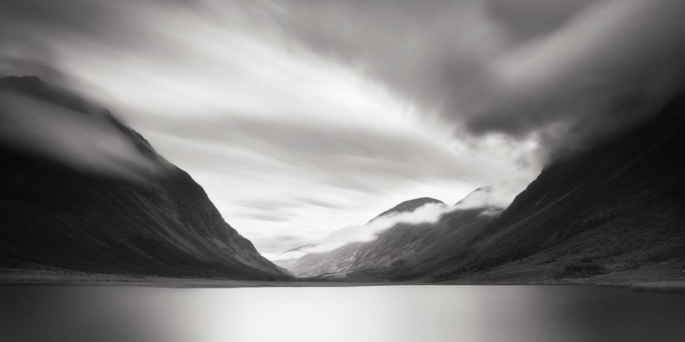 A piece of fine art art photography titled Visttas by Alain Baumgarten