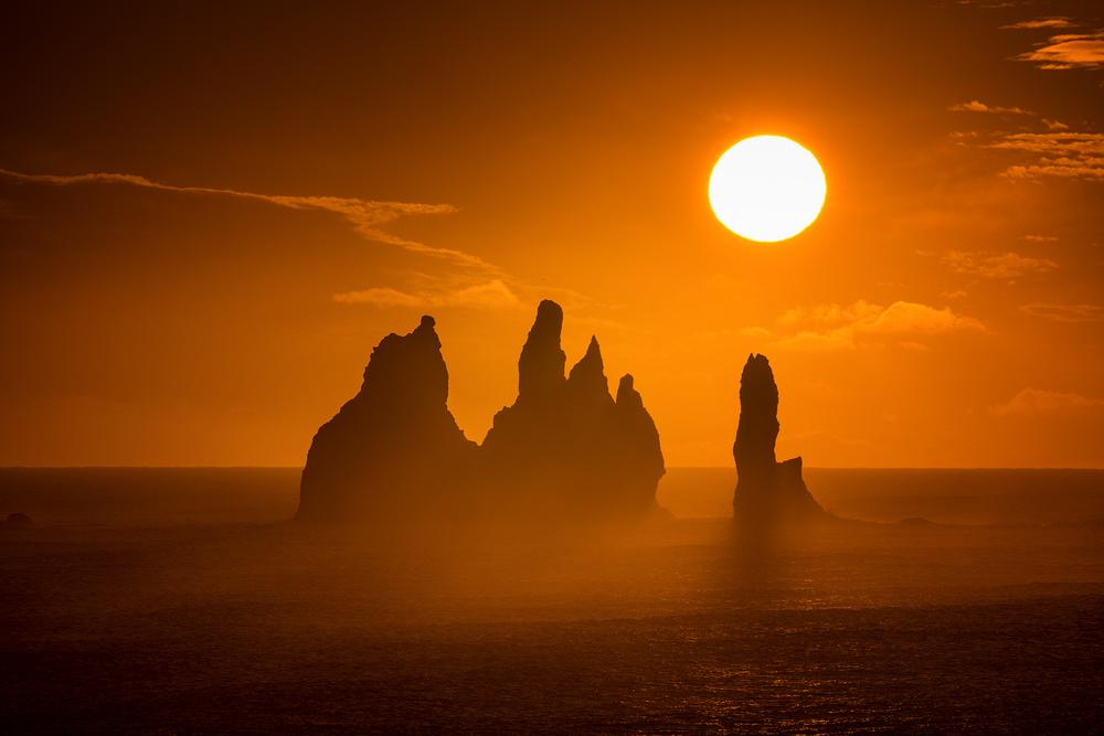 A piece of fine art art photography titled Sunrse by Raymond Hoffmann