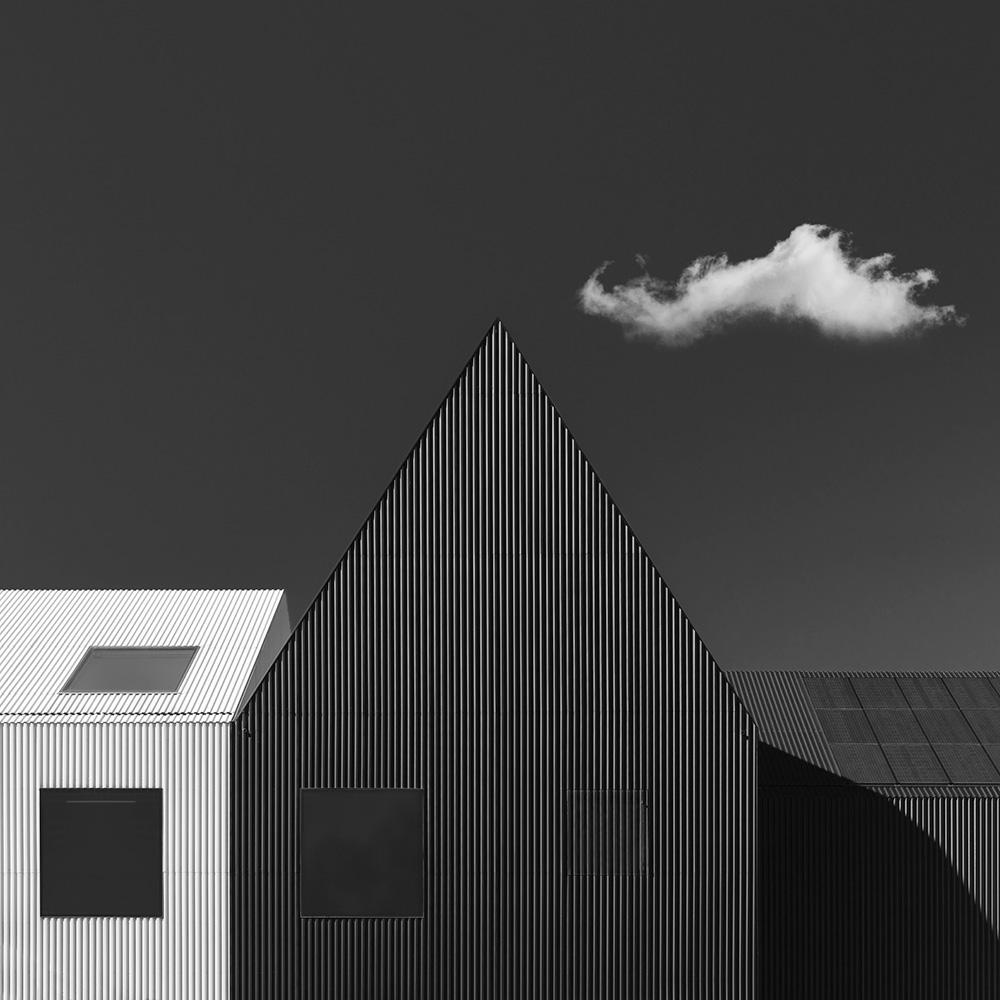 A piece of fine art art photography titled Dichotomy by Markus Studtmann