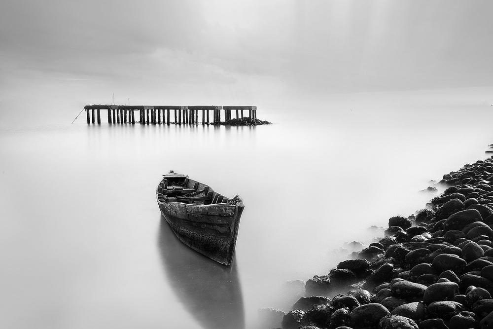 A piece of fine art art photography titled Untitled by Nicholas Surya Wibowo