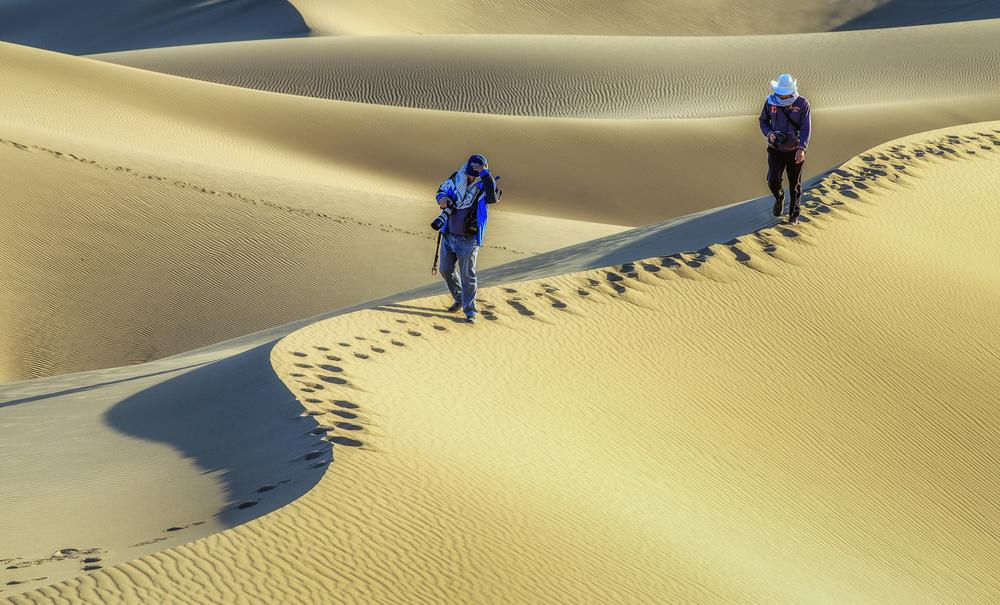 A piece of fine art art photography titled Desert by Amir Hossein Kamali | امیرحسین کمالی