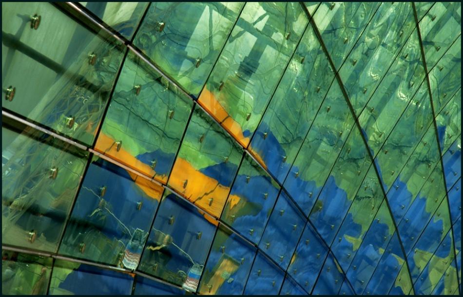 A piece of fine art art photography titled False Globe by Henrik Müller