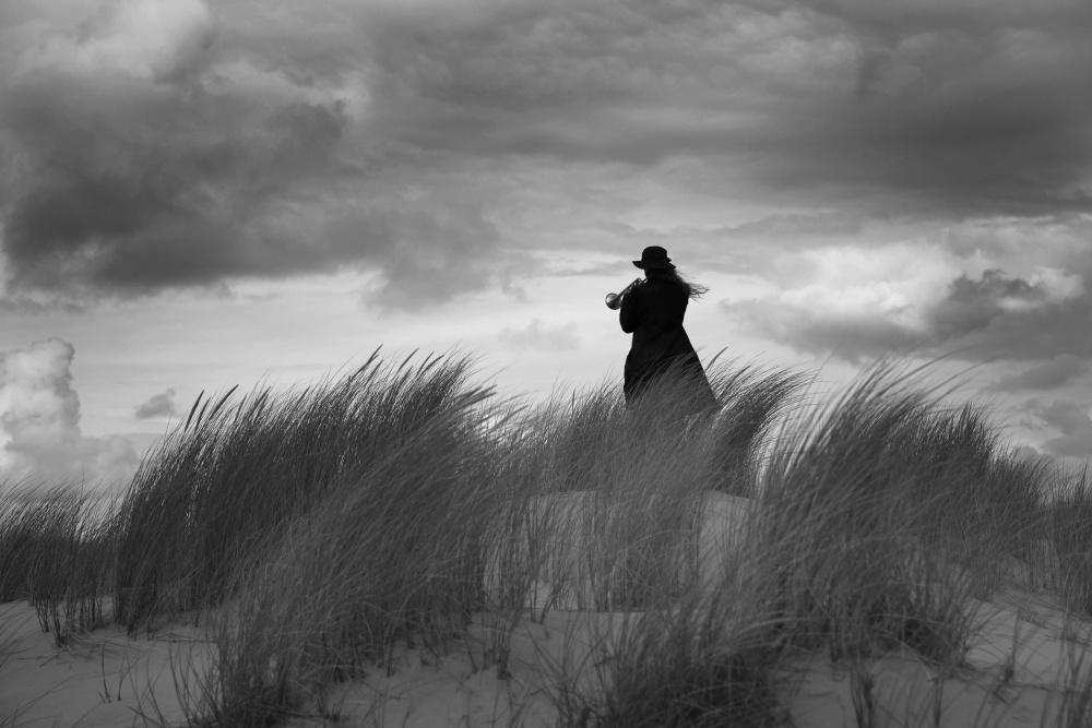 A piece of fine art art photography titled Untitled by Liesbeth van der Werf