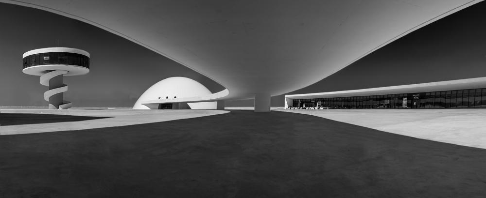 A piece of fine art art photography titled Niemeyer by vladi garcia