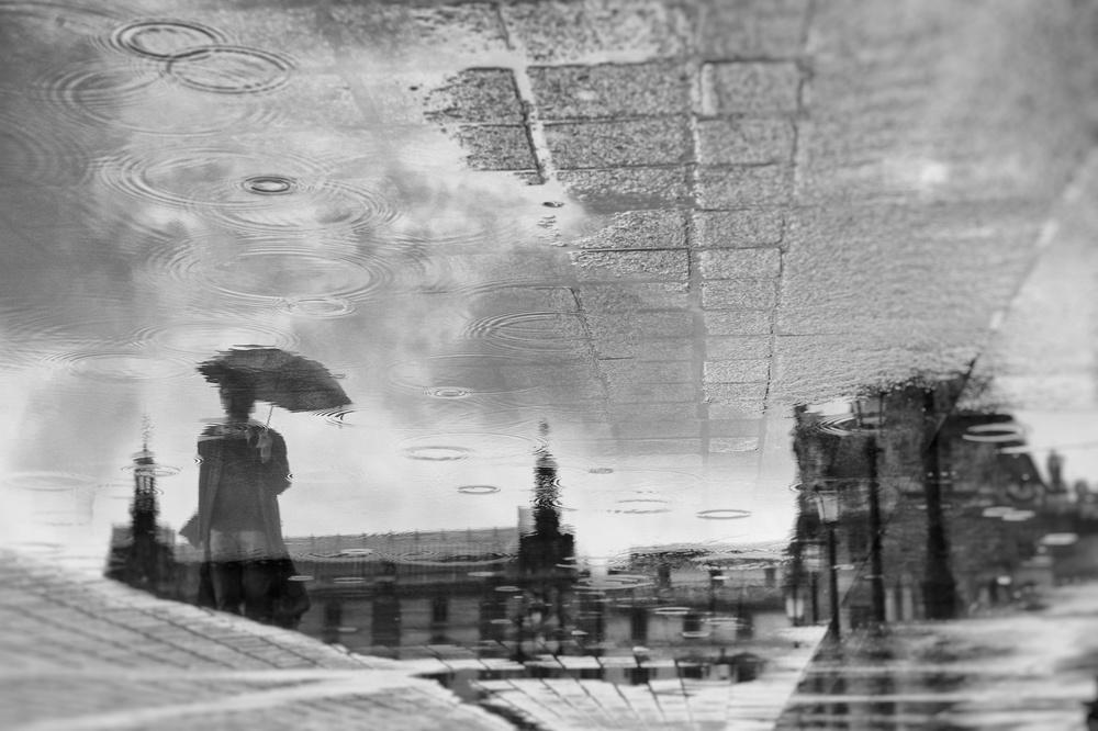 A piece of fine art art photography titled Des Ronds Dans L'eau by eric drigny