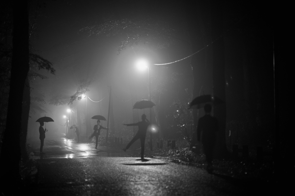 A piece of fine art art photography titled Many Myself by Takashi Suzuki