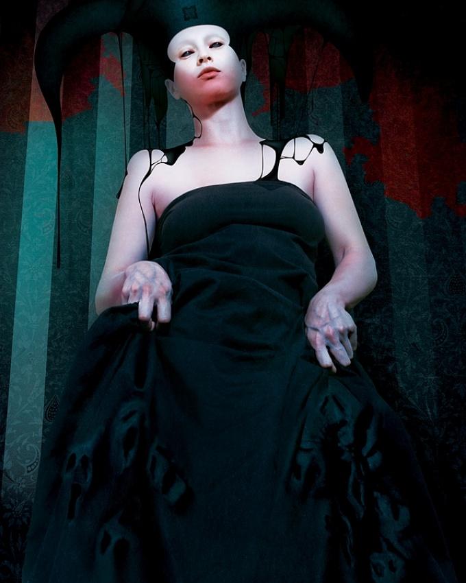 A piece of fine art art photography titled Stillste Stund by Karina Marandjian