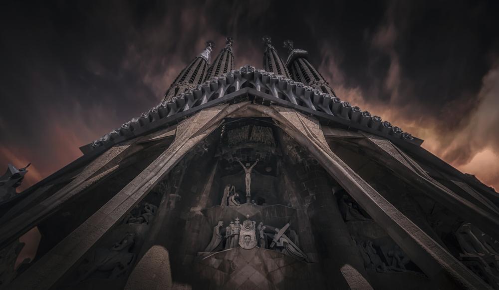 A piece of fine art art photography titled La Sagrada Familía by Ole Moberg Steffensen