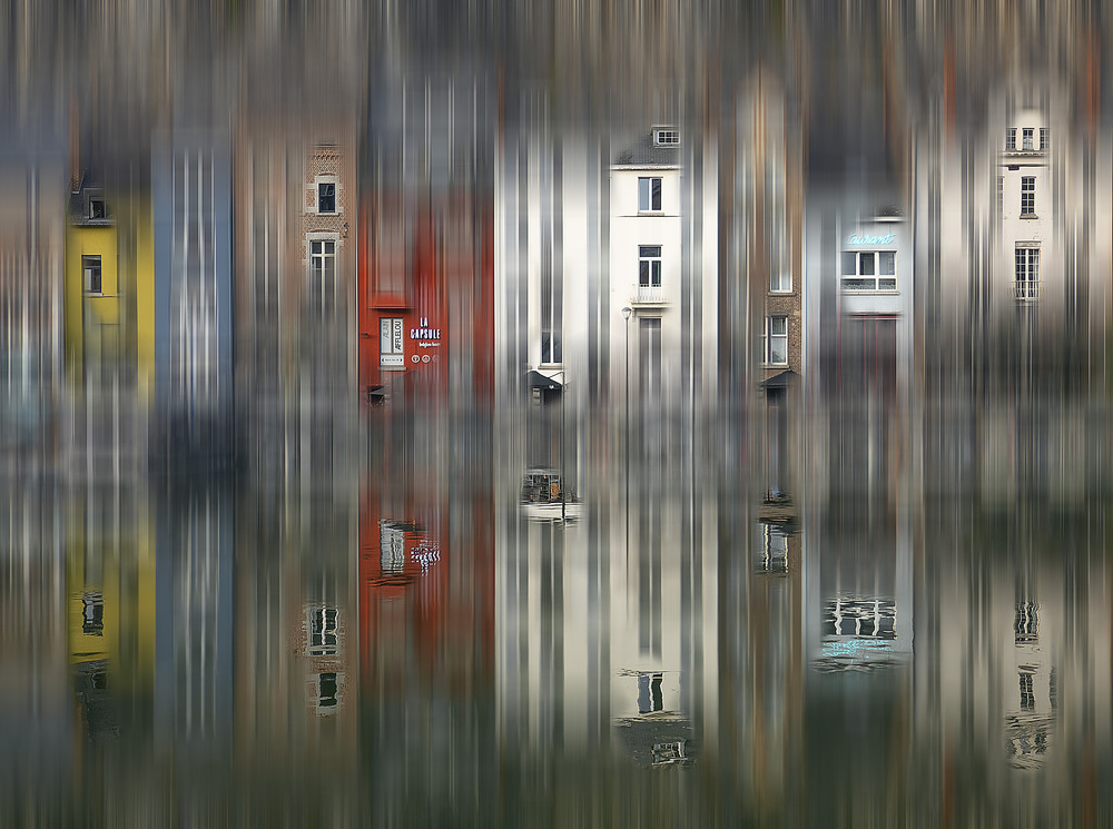 Windows in dinant