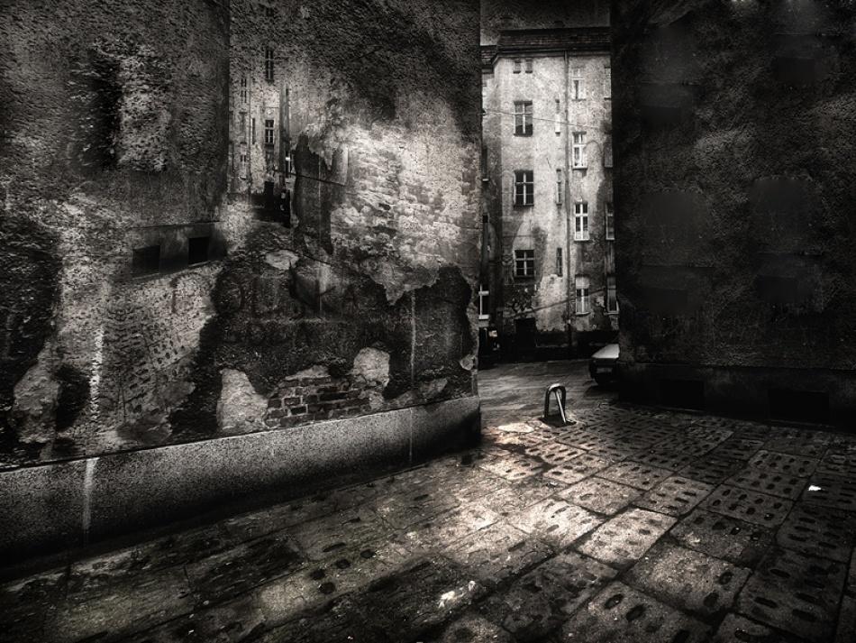 A piece of fine art art photography titled In Minor by Szymon Olma