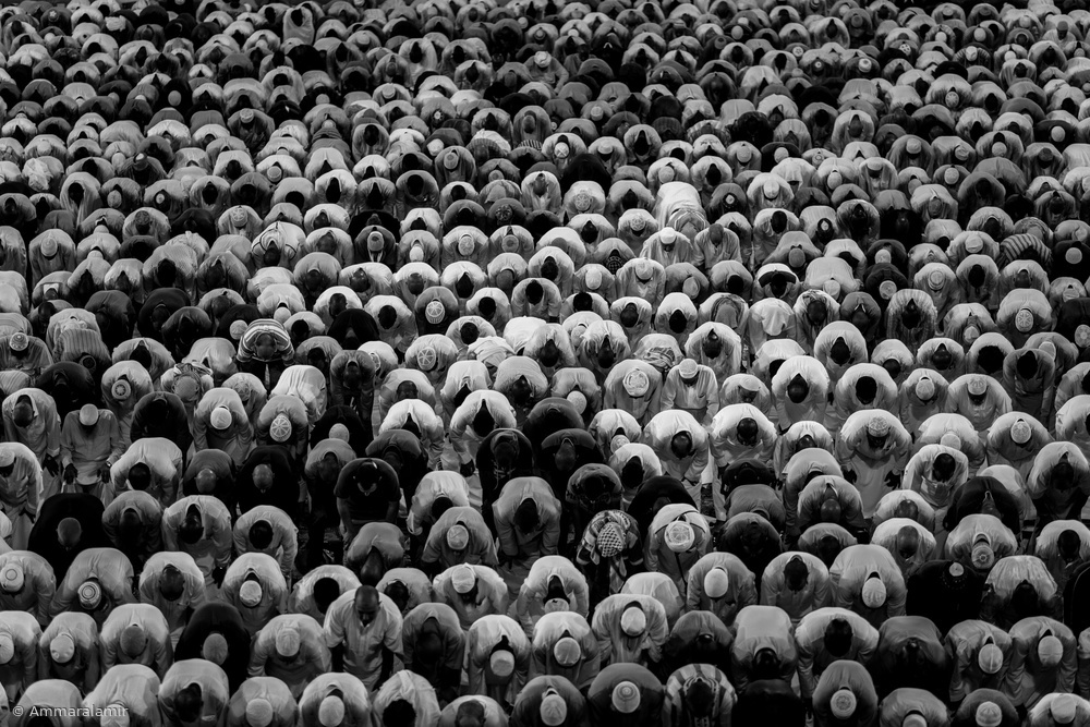 A piece of fine art art photography titled Bowing Rythm by Ammar alamir