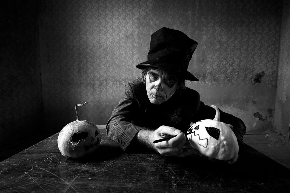 A piece of fine art art photography titled Smashing Pumpkins by mario grobenski - psychodaddy