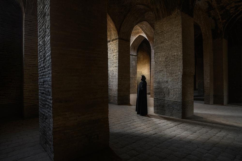 A piece of fine art art photography titled Inside Iran - VI by Marsel van Oosten