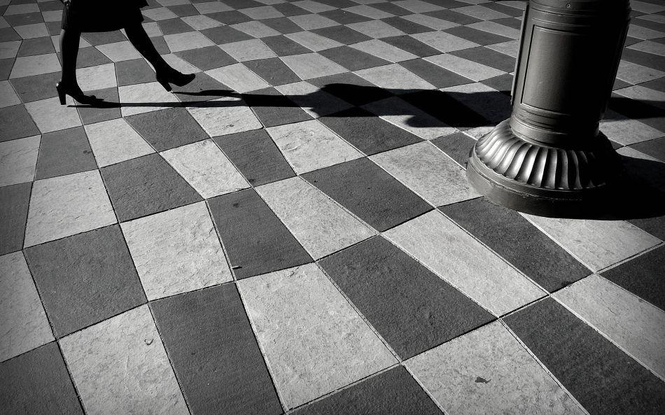 A piece of fine art art photography titled Echec Et Mat / Checkmate by Laurent Roch