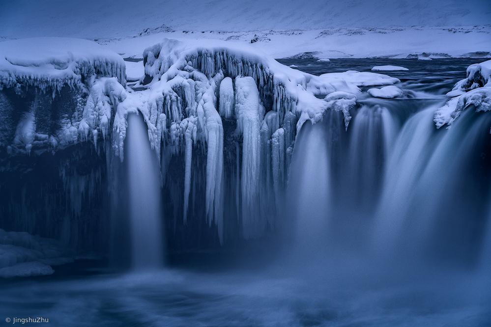 Ice and Flow III