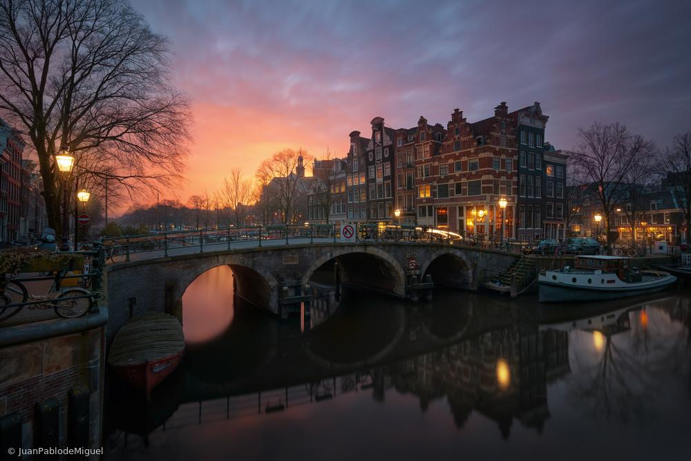 Amsterdam 19.