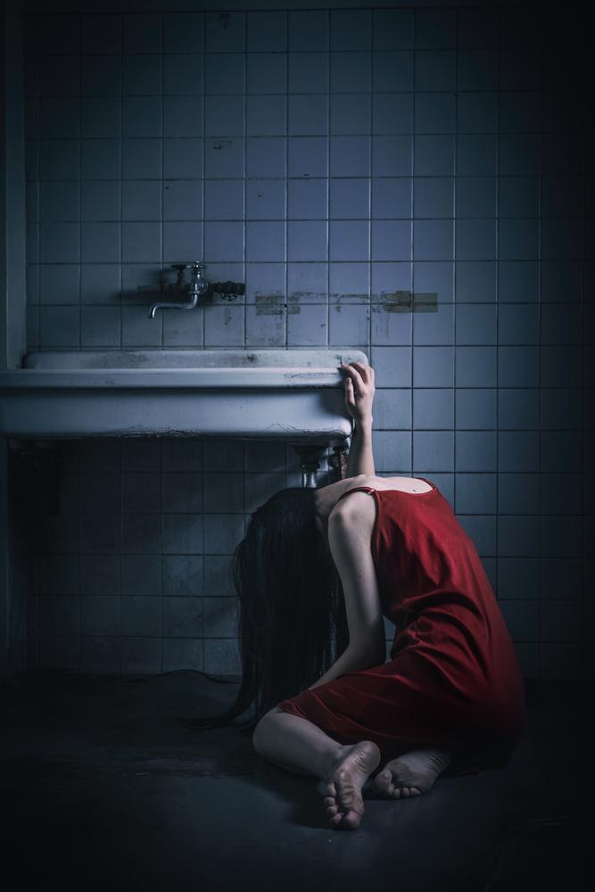 A piece of fine art art photography titled Despair by Daisuke Kiyota