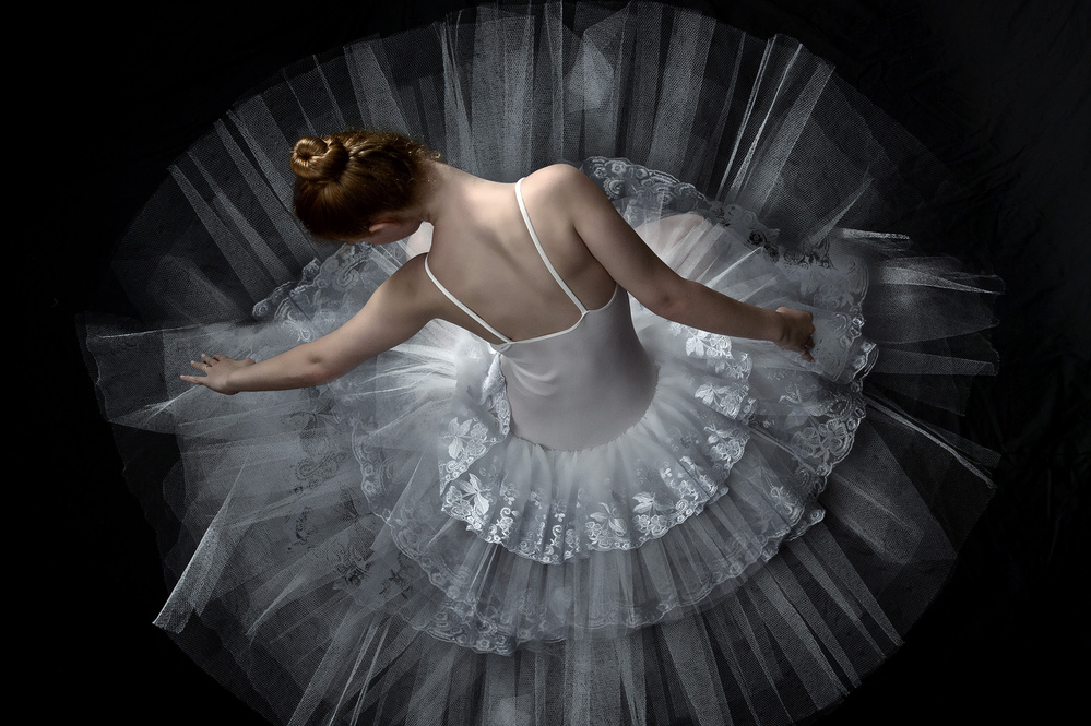 A piece of fine art art photography titled Ballet by Menachem Sinai