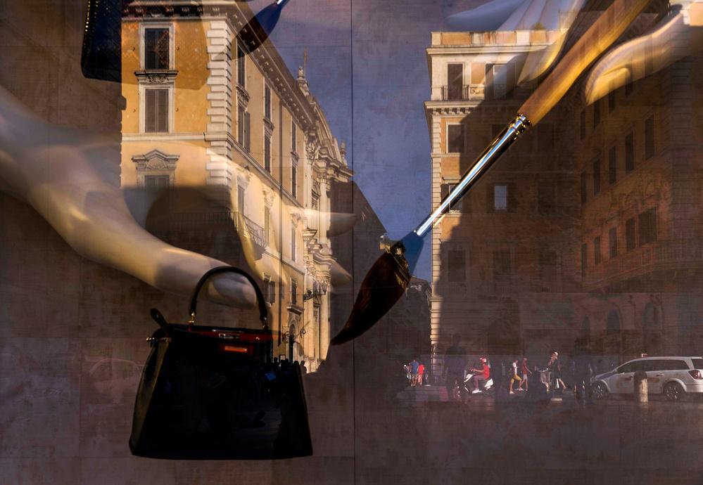 A piece of fine art art photography titled Un Dipinto Di Strada by Mercurio Antonio