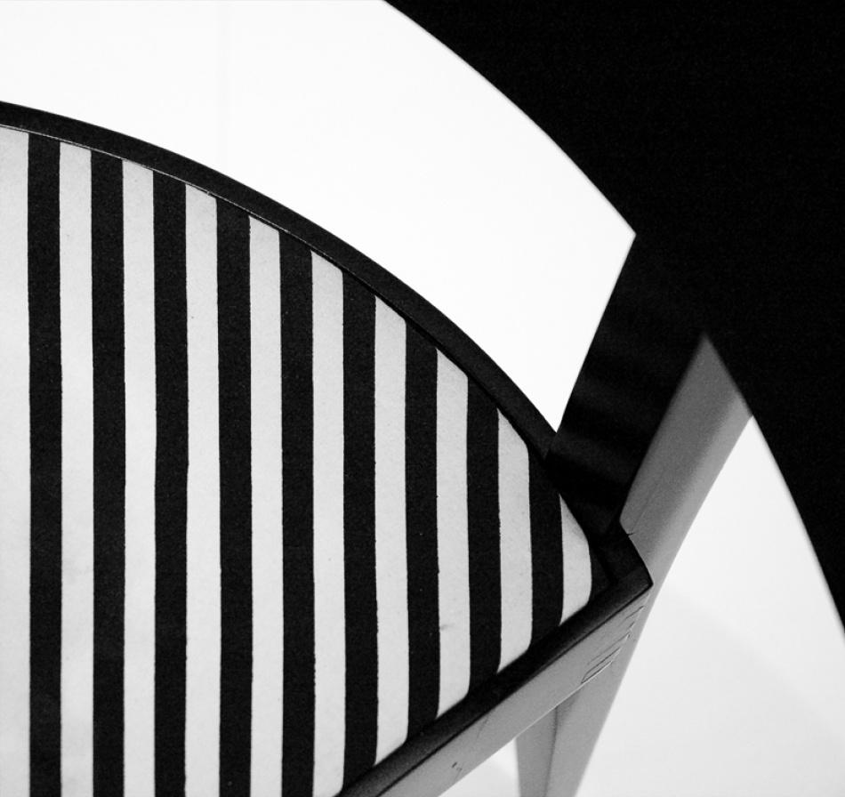 A piece of fine art art photography titled Op Art #2 by Henrik Müller