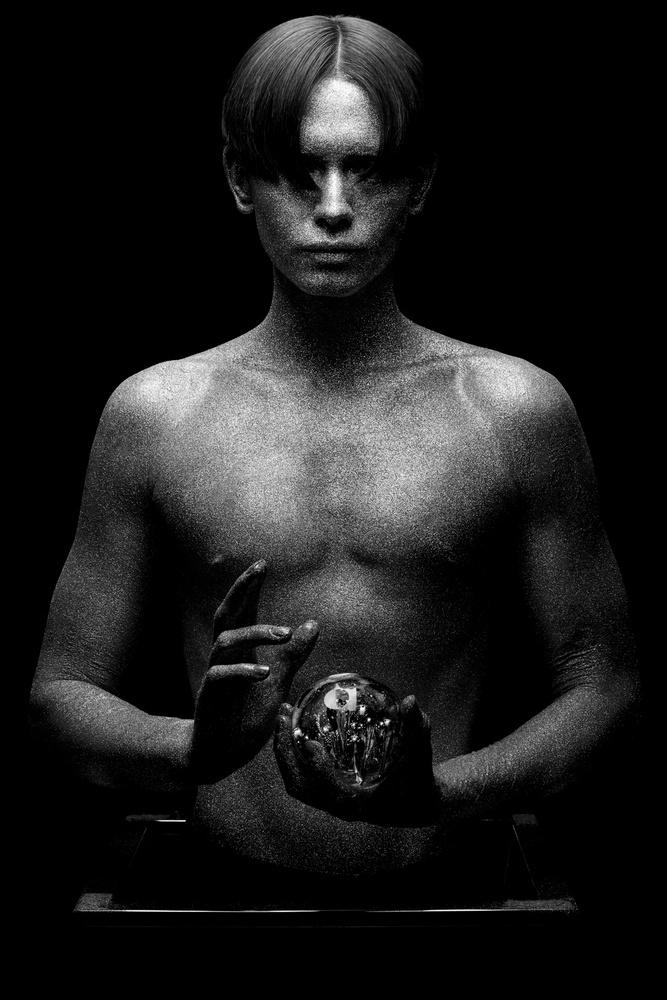 A piece of fine art art photography titled New Psychic by Gautier Van Lieshout