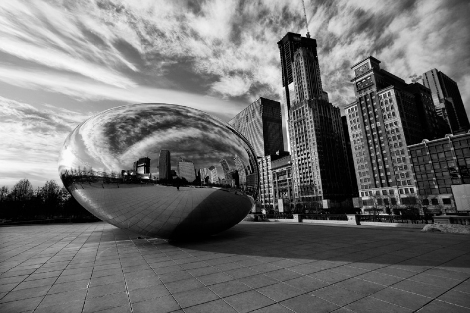 A piece of fine art art photography titled Alien In Chicago by Odino Vignali