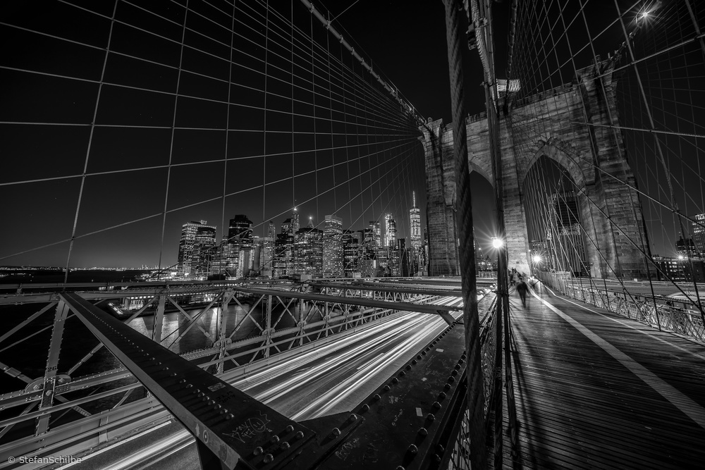A piece of fine art art photography titled Brooklyn Bridge Lights by Stefan Schilbe