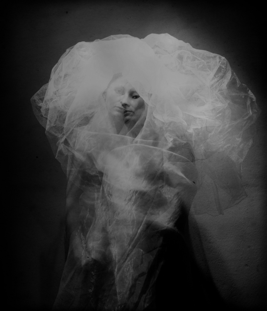 A piece of fine art art photography titled Medusa by Yaroslav Vasiliev-Apostol