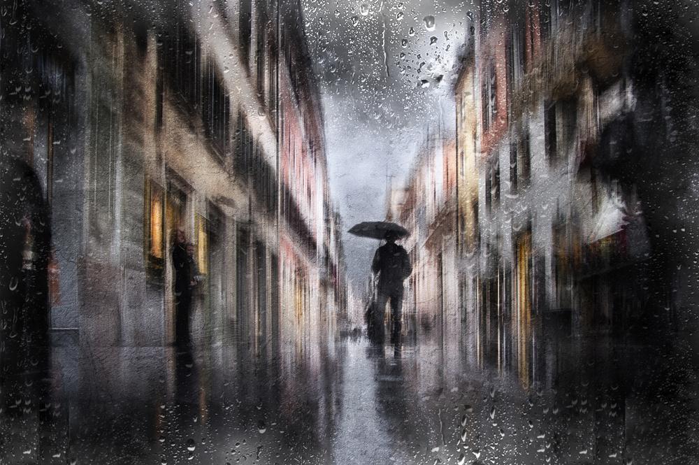 A piece of fine art art photography titled Via Frattina - Roma by Nicodemo Quaglia