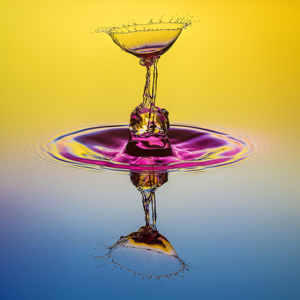A piece of fine art art photography titled Untitled by Alexander Gornikiewicz