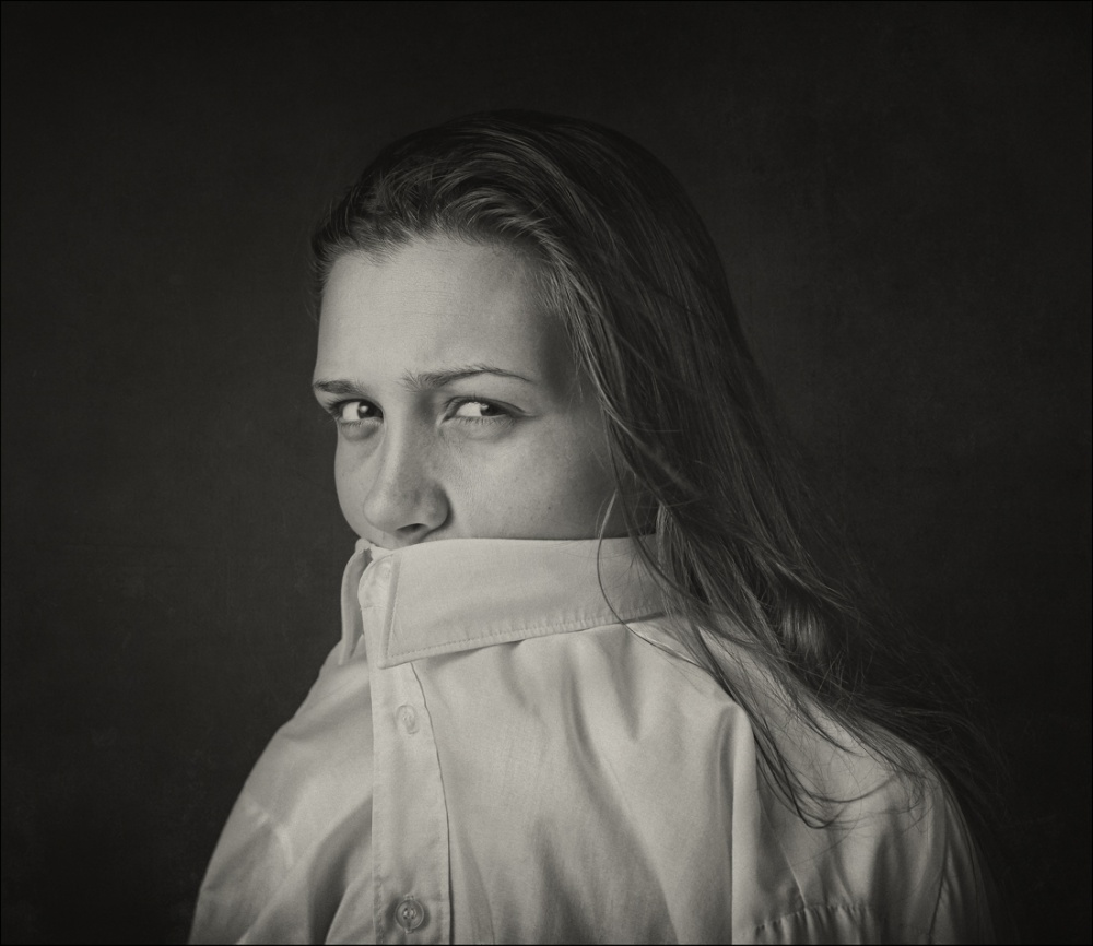 A piece of fine art art photography titled Untitled by Raphael Guarino