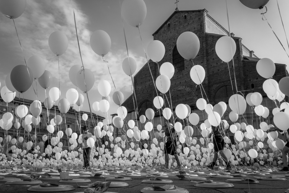 A piece of fine art art photography titled Balloons for Charity by Giorgio Lulli