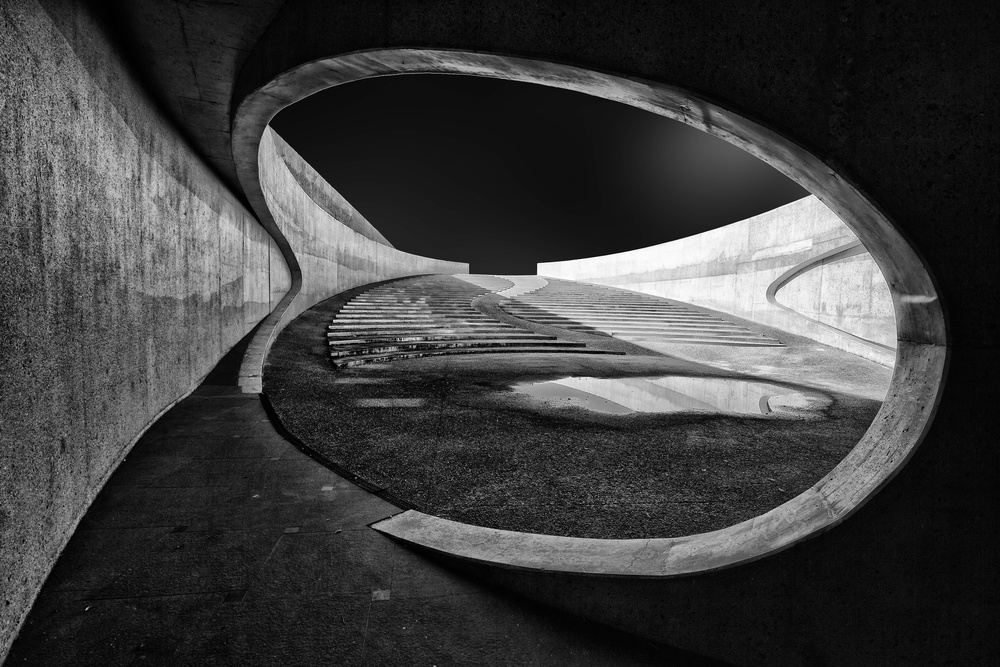A piece of fine art art photography titled Throught the Hole by Jeroen van de Wiel