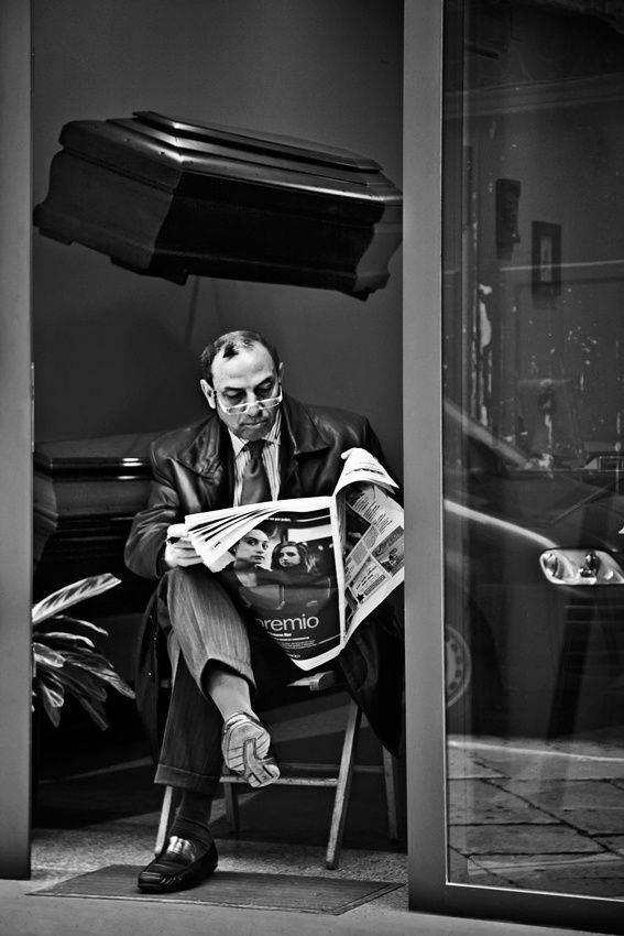 A piece of fine art art photography titled Waiting for Clients by Angéla Vicedomini