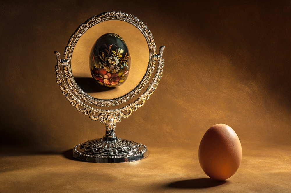 A piece of fine art art photography titled Vanity by Raffaele Spettoli