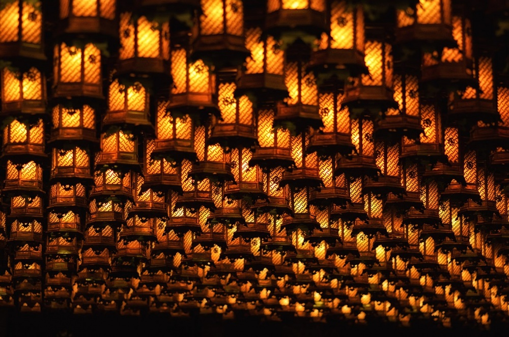Thousand lanterns