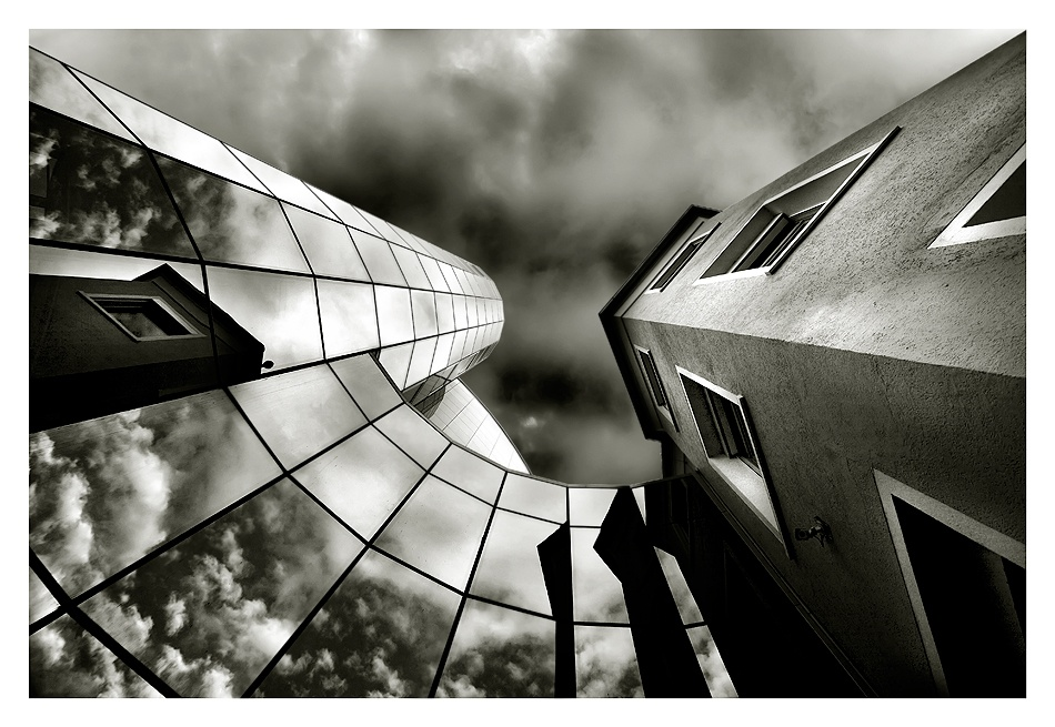 A piece of fine art art photography titled New and Old by Melanie Brunzel (Foto-Graefin)