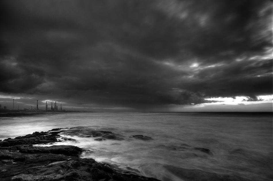 A piece of fine art art photography titled Cloud Maker by Raul Nunes