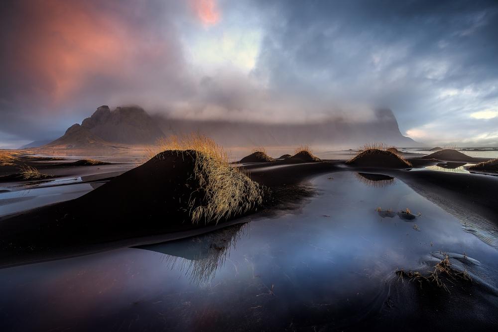 A piece of fine art art photography titled Black Beach by David Martín Castán