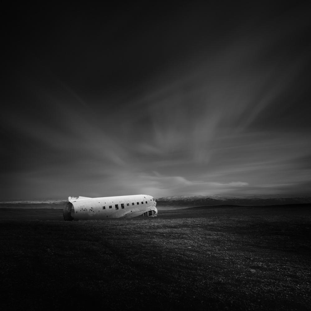 Frozen ~ Iceland's DC-3 (C-117)