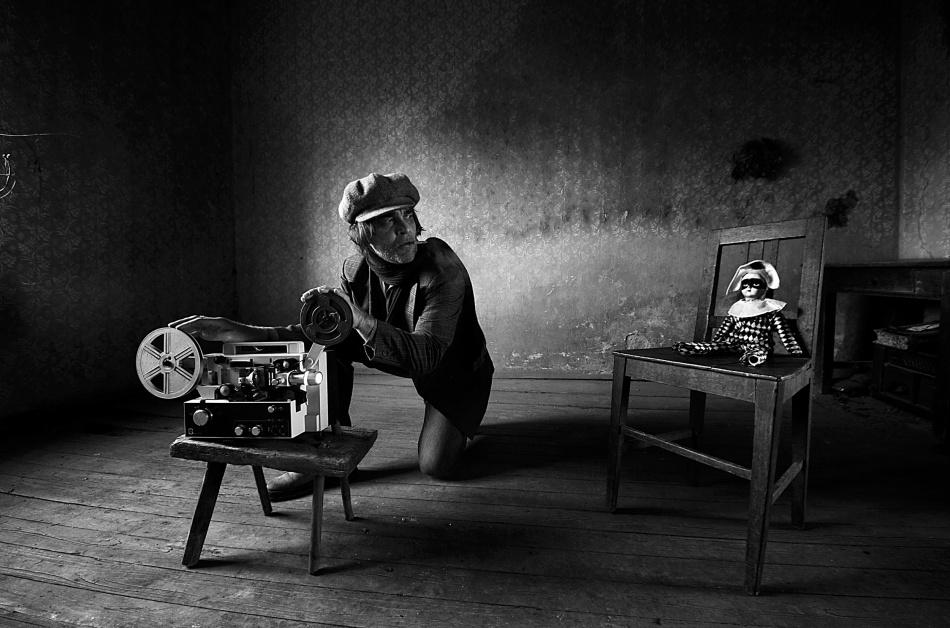 A piece of fine art art photography titled Pleasure-pain Principle by mario grobenski - psychodaddy