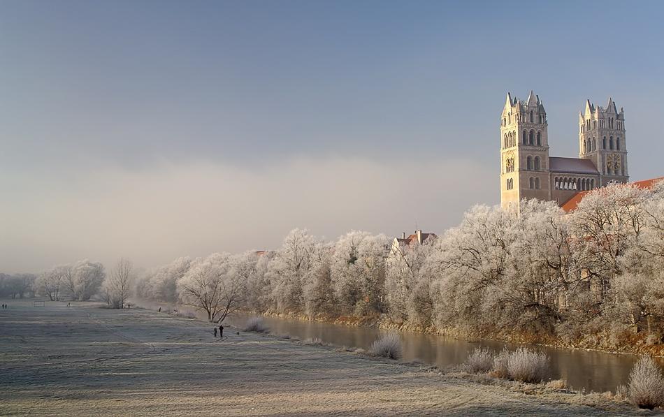 A piece of fine art art photography titled December Morning by Norbert Maier