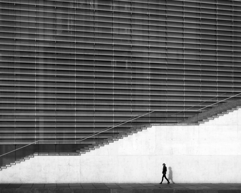 wall shadow