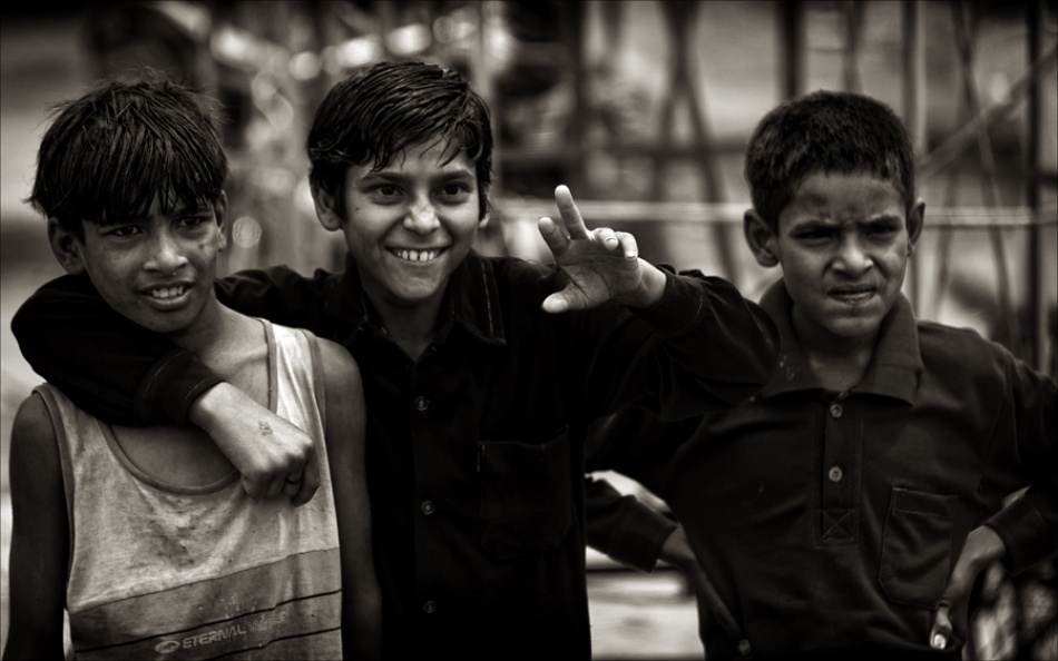 A piece of fine art art photography titled Indian Boys by Aldo Cicelyn