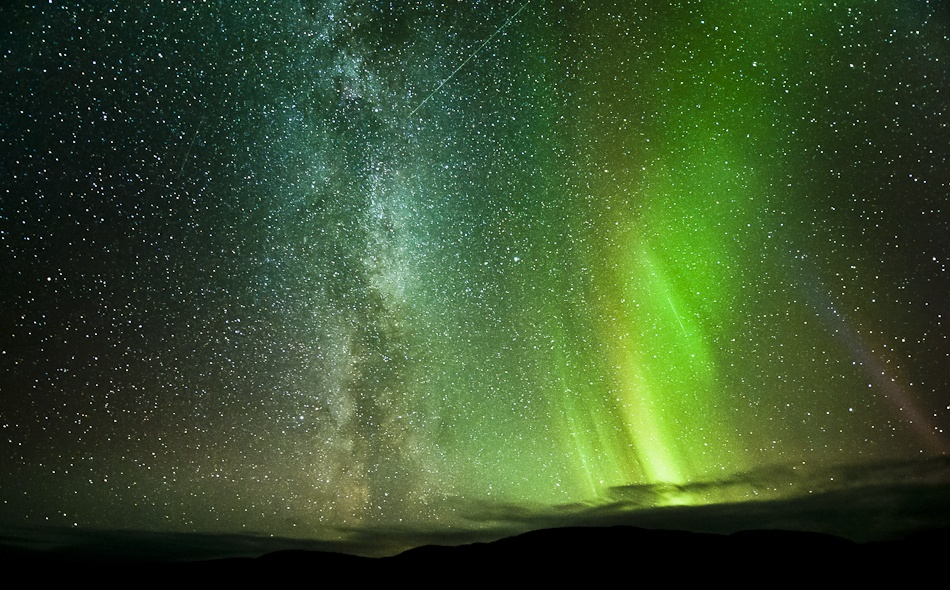 A piece of fine art art photography titled Side by Side by Tommy Eliassen