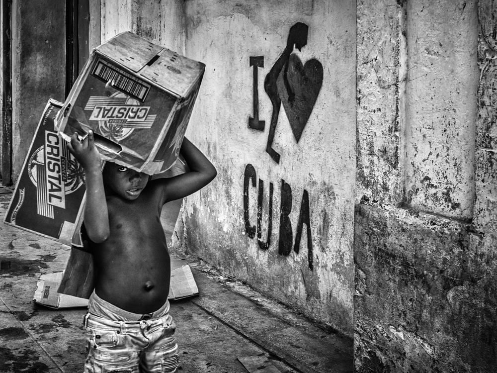A piece of fine art art photography titled Cristal Cuba by Pavol Stranak