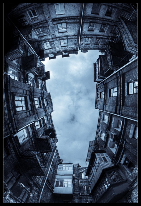 A piece of fine art art photography titled Bermuda by Serhiy Schelkunov